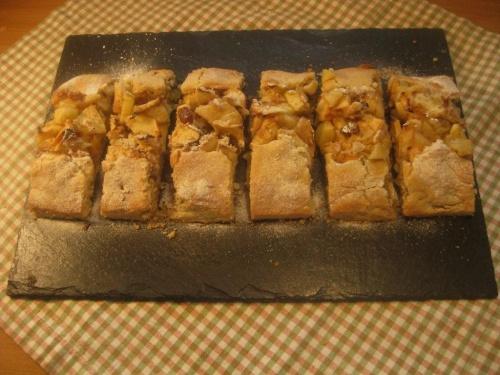 BAVARIAN  APPLE  SLICE recipe