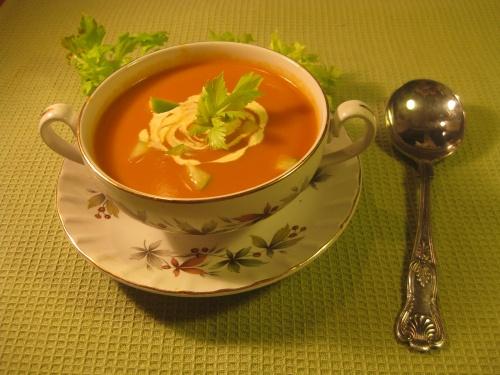 TOMATO, APPLE & CELERY SOUP recipe